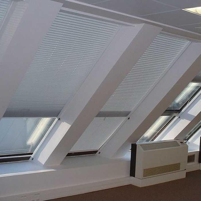 Store fenêtre de toit 0