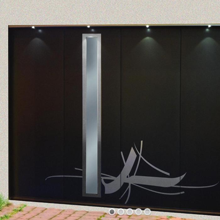 Porte de garage sectionnelle latérale - inclusion vert sablé 0