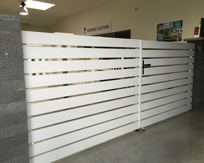 Portail PVC blanc - modèle Melbourne