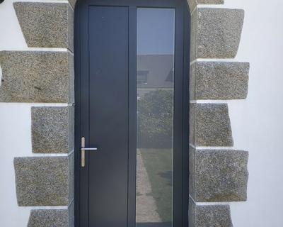 Porte d''entrée en alu - Locqueltas - Vannes - Morbihan