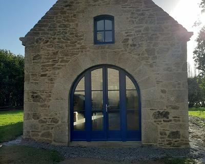 Rénovation porte entrée bois - vitrée et cintrée très grand format