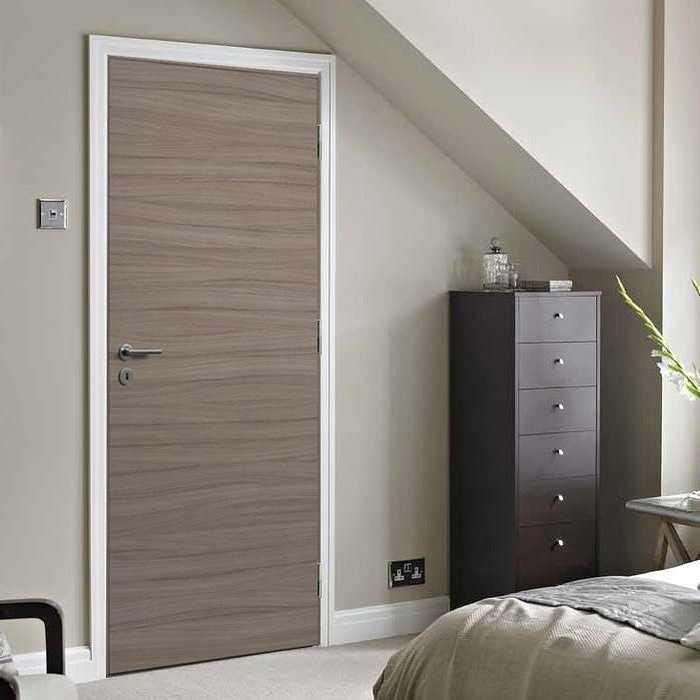 Porte contemporaine en bois 0