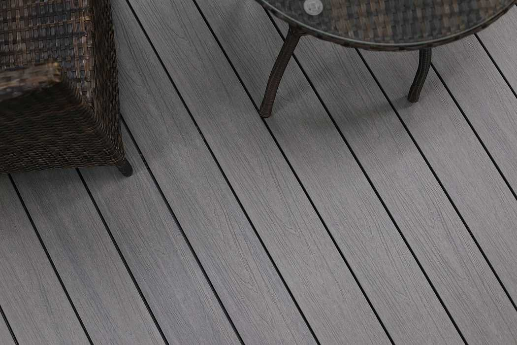 Terrasse composite Soltéa gris béton solteagrisbeton3