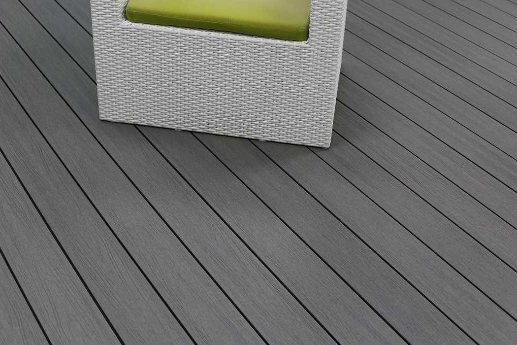 Terrasse composite Soltéa gris béton solteagrisbeton4