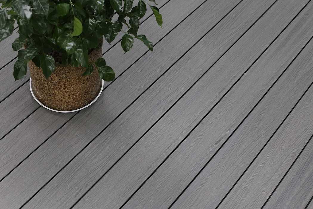 Terrasse composite Soltéa gris béton solteagrisbeton6