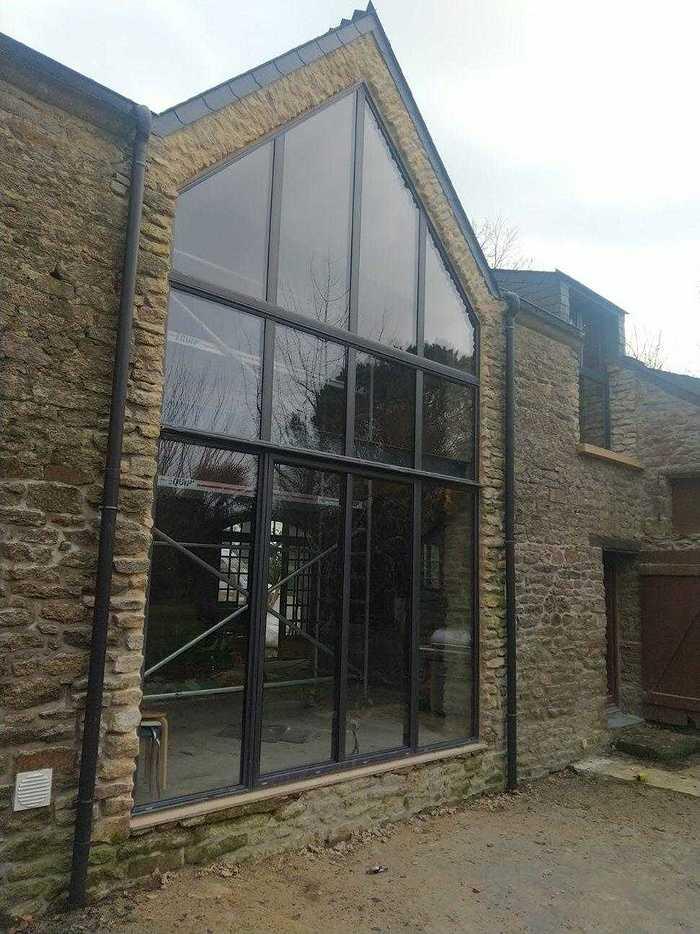Installation mur-rideau alu laqué noir - façade complète - Caden 2