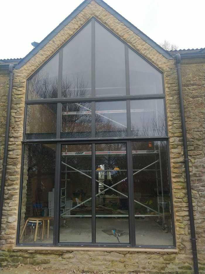 Installation mur-rideau alu laqué noir - façade complète - Caden 0