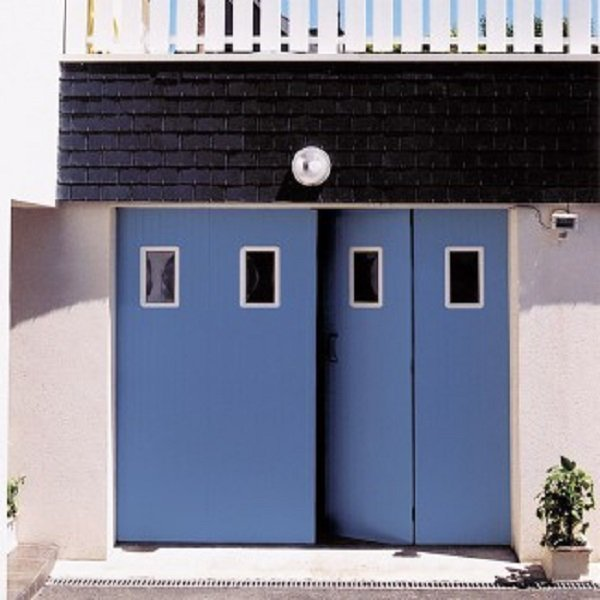 porte de garage ouverture battante ouverture la fran aise. Black Bedroom Furniture Sets. Home Design Ideas